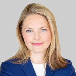 Julia von Spreckelsen, Partner at BearingPoint